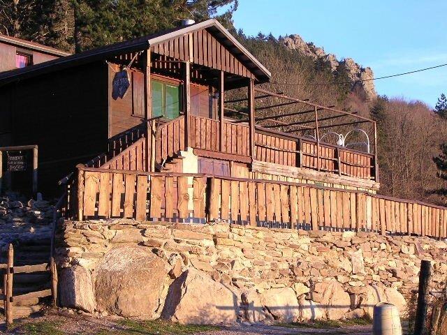 gîte d'étape Chalet de l'Albère au Col de l'Ouillat gr10