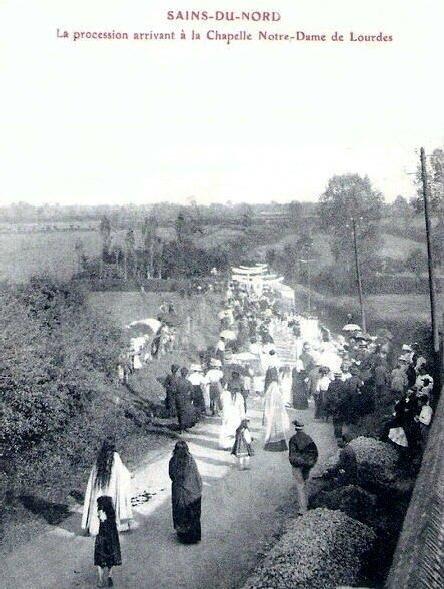 SAINS DU NORD-Procession
