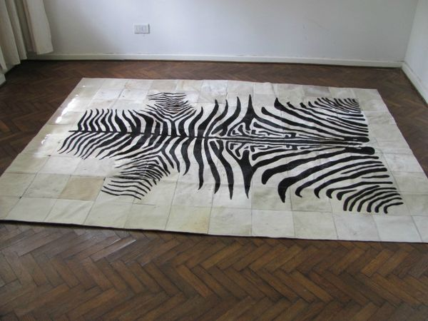 tapis peau de vache noir et blanc 1