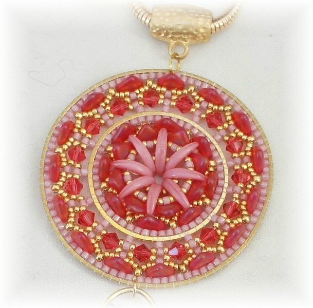 collier Daloa rouge rose1