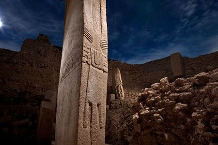 01-gobekli-tepe-pillars-714