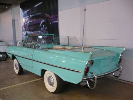 AMPHICAR type 01-770 1962 Bruxelles Autoworld (2)