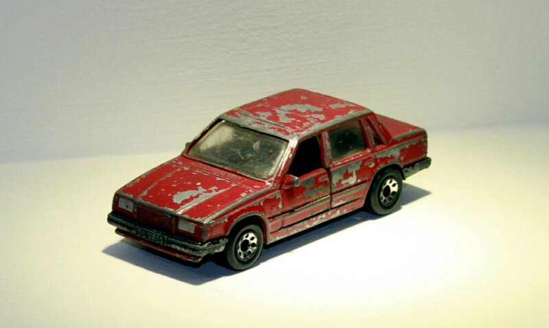 Volvo 760 (Matchbox) 01