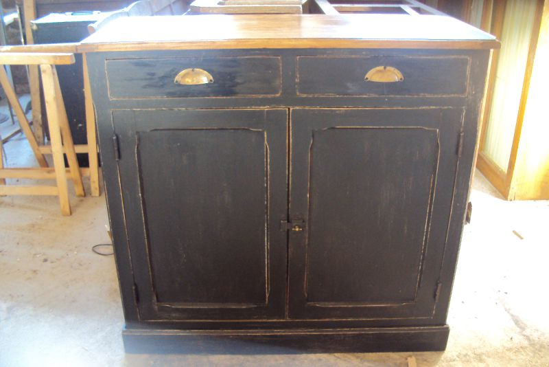 buffet photo de vendu brocante un air d 39 antan. Black Bedroom Furniture Sets. Home Design Ideas