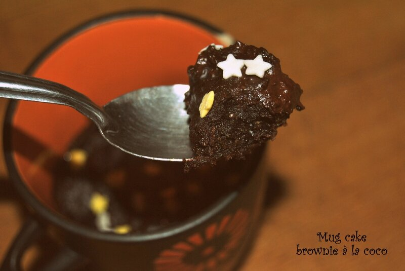 Mug cake brownie à la coco 2