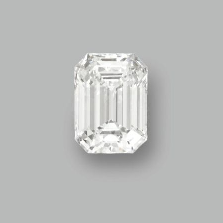 A_Magnificent_Emerald_Cut_Diamond