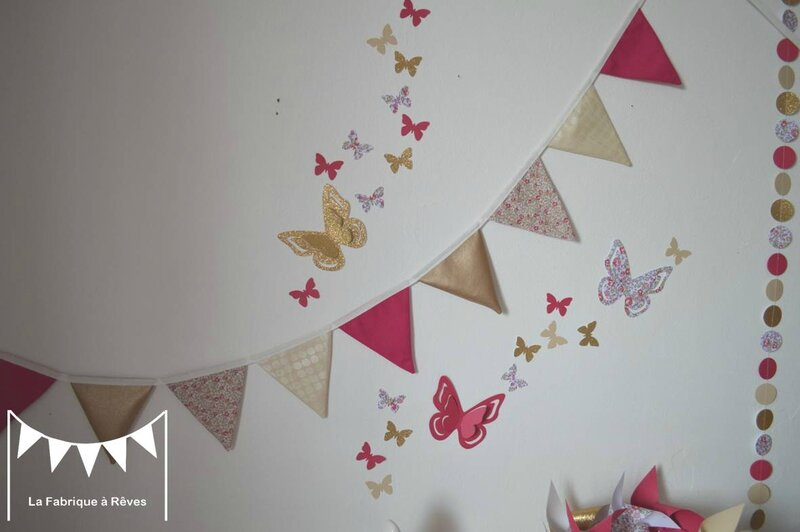 D coration chambre b b fille enfant liberty h loise fuchsia rose dor fanions stickers hibou for Guirlande tissu chambre bebe
