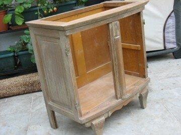 Retape de meuble la reine de l 39 iode for Peinture a lancienne pour meuble