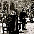 Instantané sur la place Igor Stravinsky.