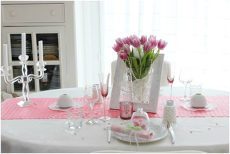 10 id es de d co de table pour la saint valentin - Deco table romantique ...