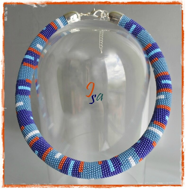 Collier MS 'Pixel 1 bleu'