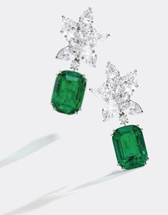 Important Pair of Platinum, Emerald and Diamond Pendant-Earclips, Harry Winston