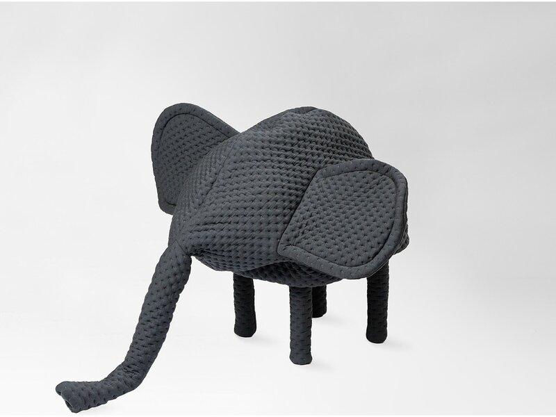 les tabourets animaux de chez petite friture sonia saelens d co. Black Bedroom Furniture Sets. Home Design Ideas