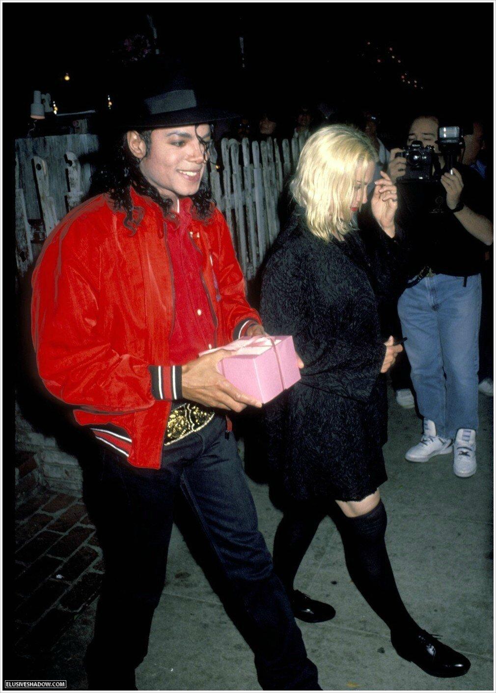 Un jour dans la vie de Michael Jackson 84775691_o