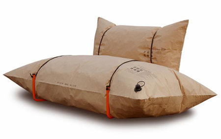 Blow_sofa_gonflable_papier_recycle_Youlka_Design