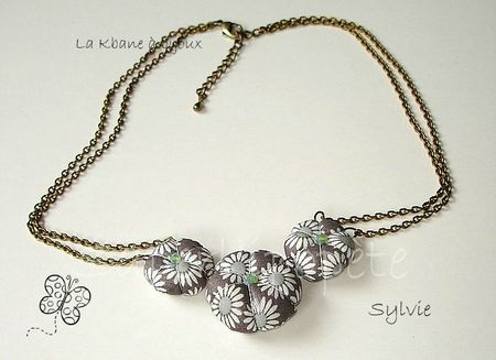 collier 3 potirons liberty daisy taupe1