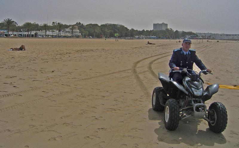 Police Plage Agadir