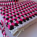 trousse tricolore crochet