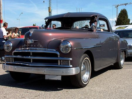 50_PLYMOUTH_De_Luxe_Business_Coupe_1