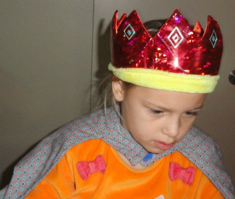 couronne roi rouge (1)