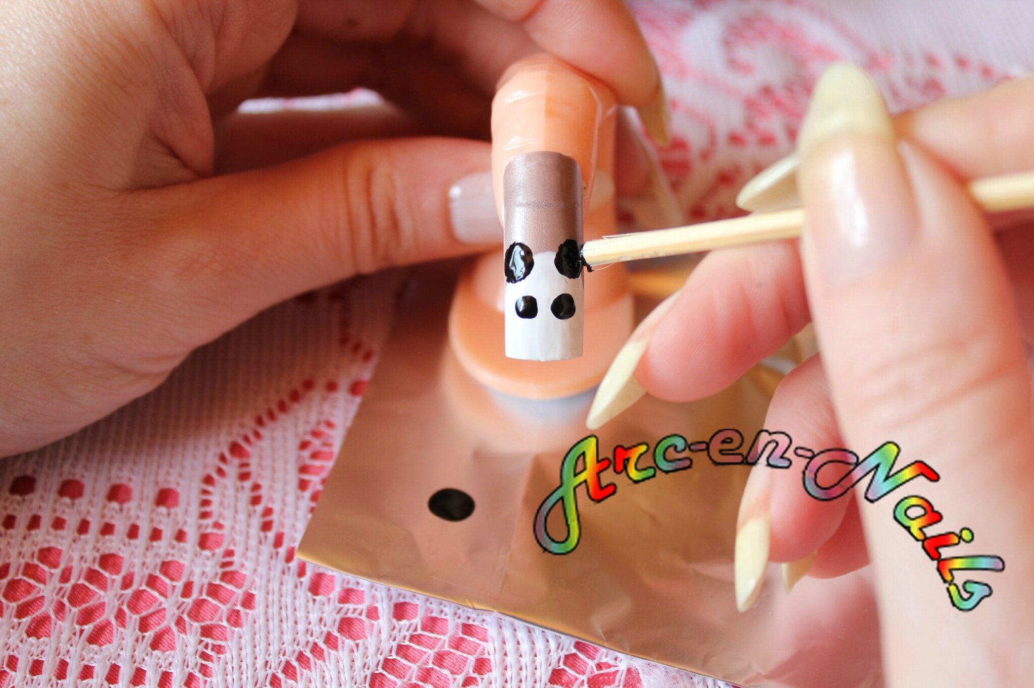 Idée Vernis Facile pour idée nail-art : le panda - gouvern' nails