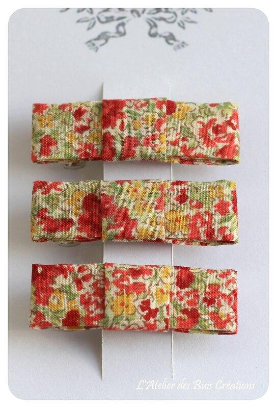 09_Barrettes_noeud_tissu_sevenberry_fleurs_rouges
