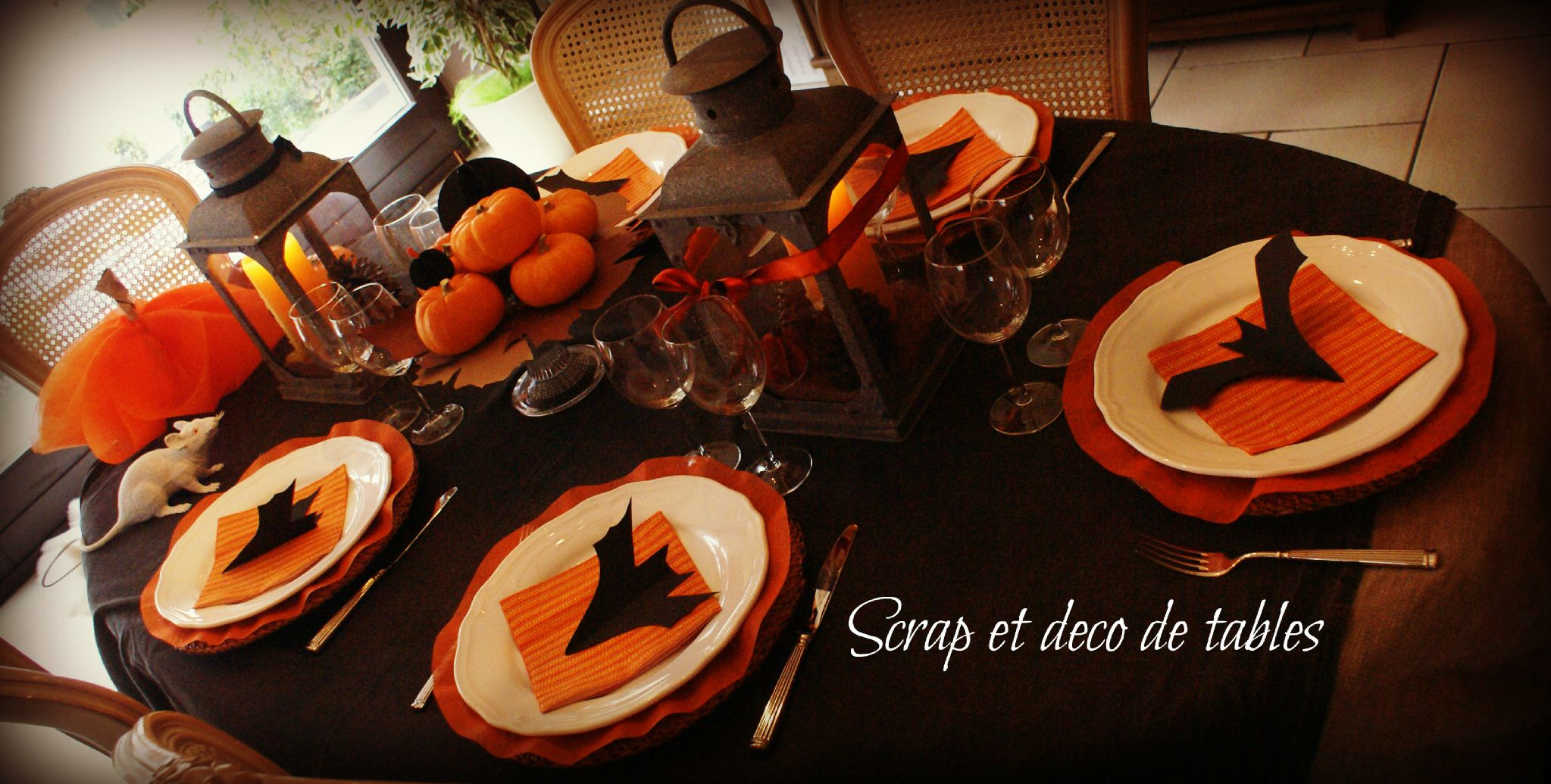 Deco table halloween 2012 scrap et d co de tables for Decoration de table halloween