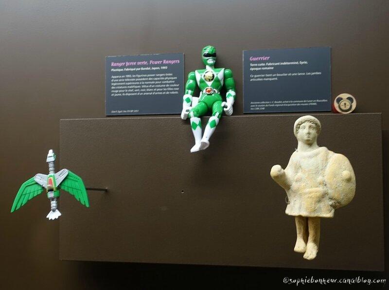 J6 MJ figurines