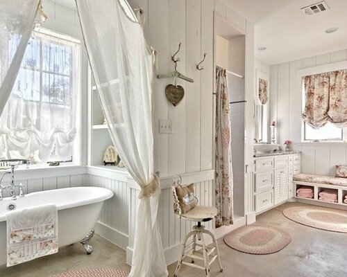 Une salle de bain romantique charme d 39 antan - Meuble salle de bain romantique ...