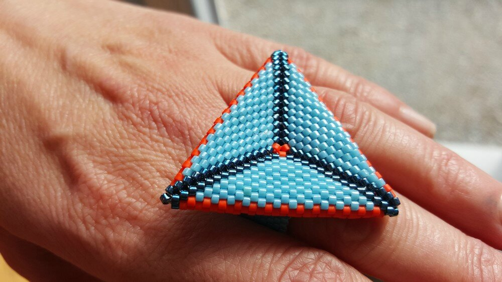 power puff ring triangle beaded