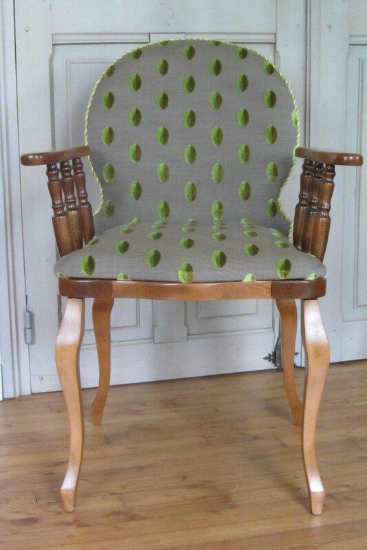 changer le tissu d'un fauteuil tapissier à Brest