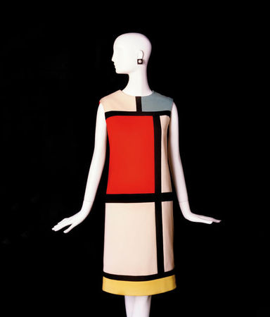 Yves_Saint_Laurent__tribute_to_Piet_Mondrian