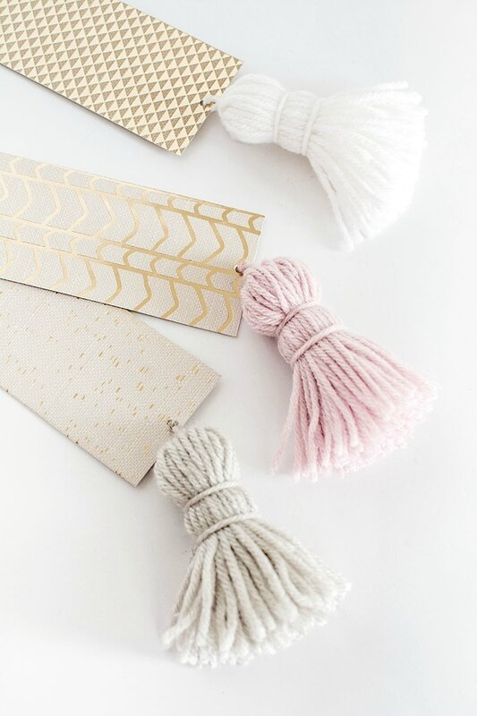 DIY-Chunky-Tassel-Bookmarks3