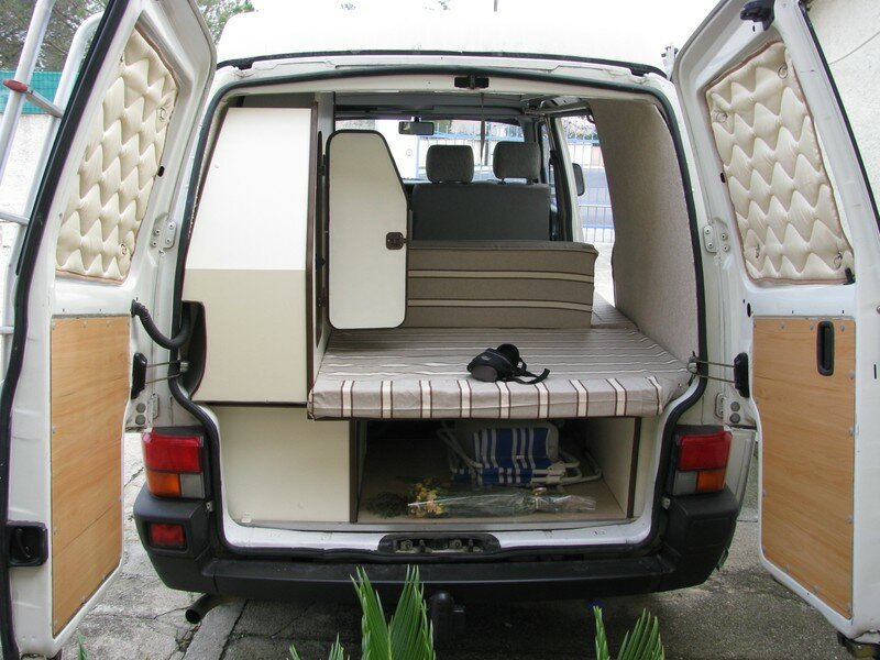 11 lino moquette tissu des housses rideaux portes vw transporter t4 am nagement camping. Black Bedroom Furniture Sets. Home Design Ideas