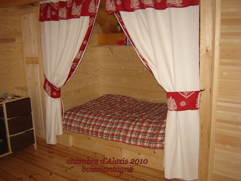 les chambres des enfants bois et montagne. Black Bedroom Furniture Sets. Home Design Ideas