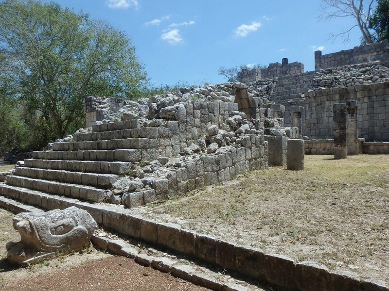 P4095214 - Templo de los tableros esculpidos (2)