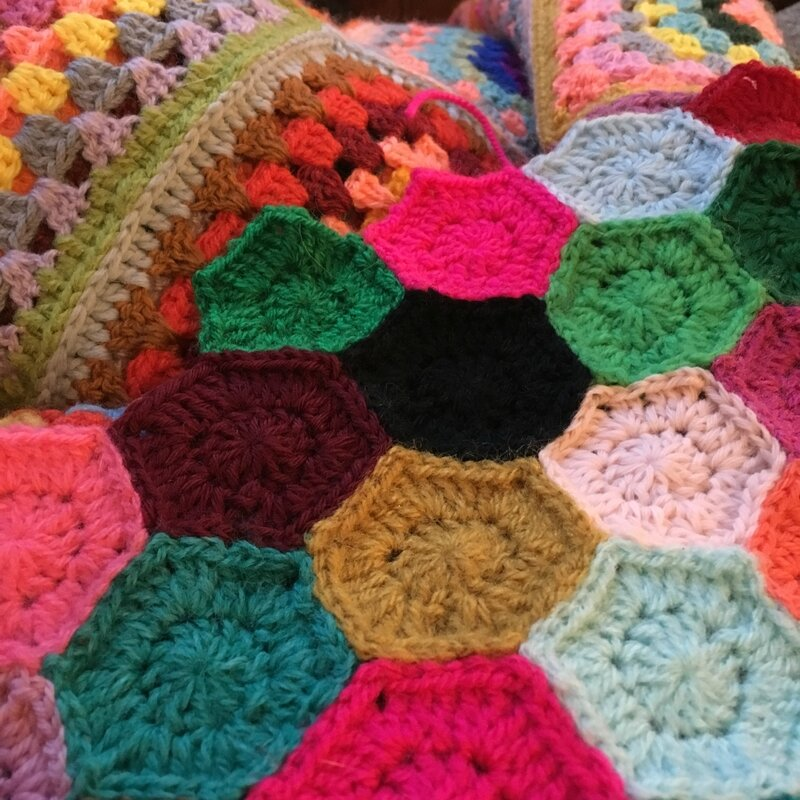 crochet plaid coloré