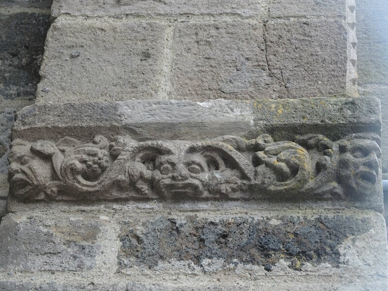 Salers, église Saint-Matthieu, extérieur (15)