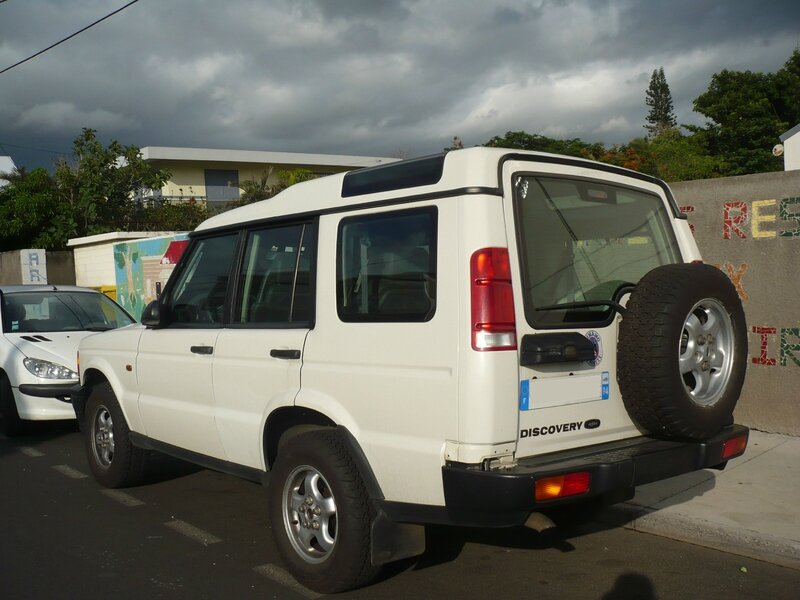 LAND ROVER Discovery Series II Td5 Saint Pierre (2)