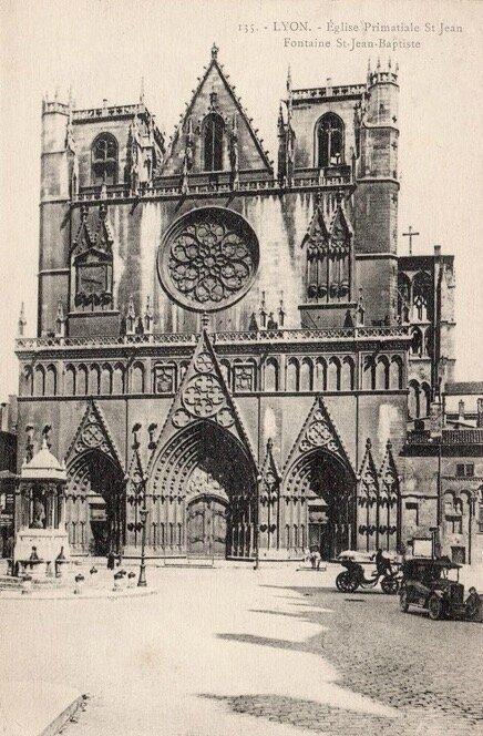 église primatiale Saint-Jean à Lyon