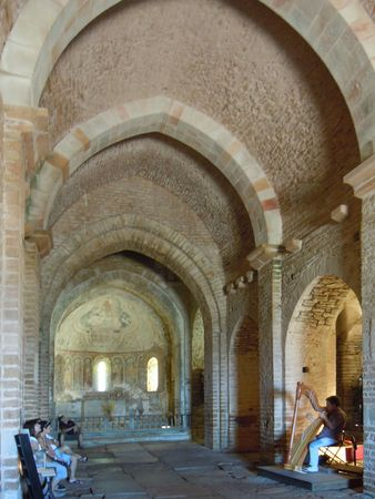 Eglise St Pierre Brancion
