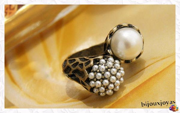Bague Sculptée Style Vintage Perles Nacrées Blanc Métal Couleur Bronze Taille 50_51