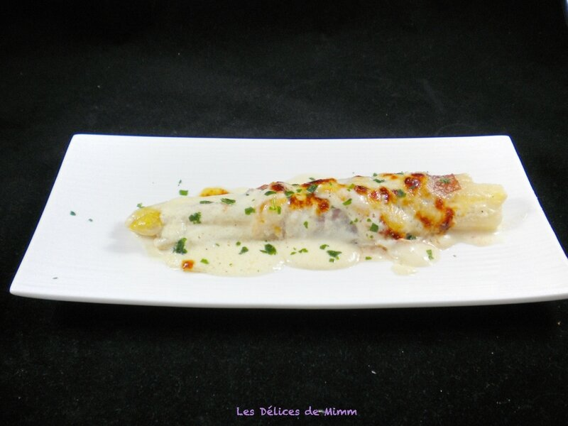 Asperges blanches gratinées au parmesan et jambon de Parme 3