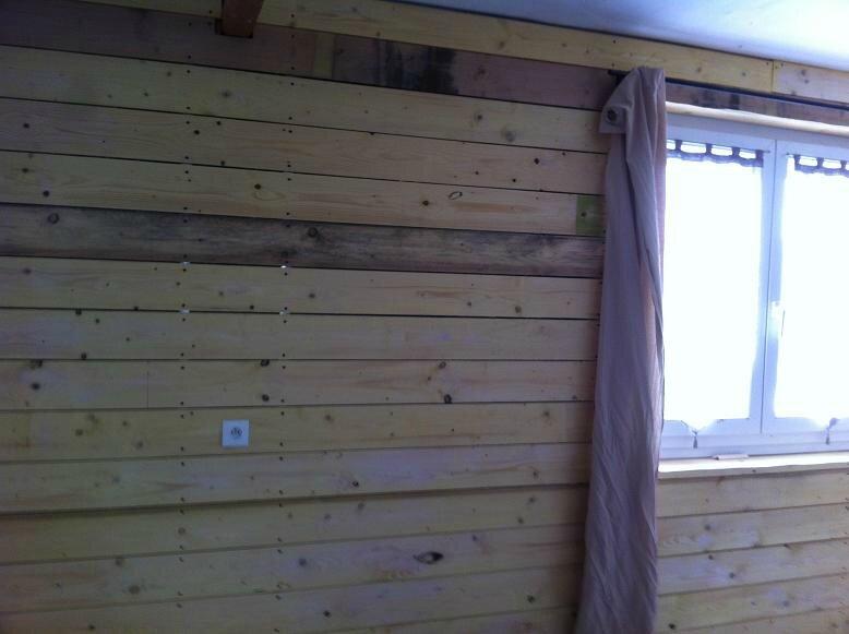 R alisation d 39 un bardage bois interieur et isolation rez for Bardage bois interieur