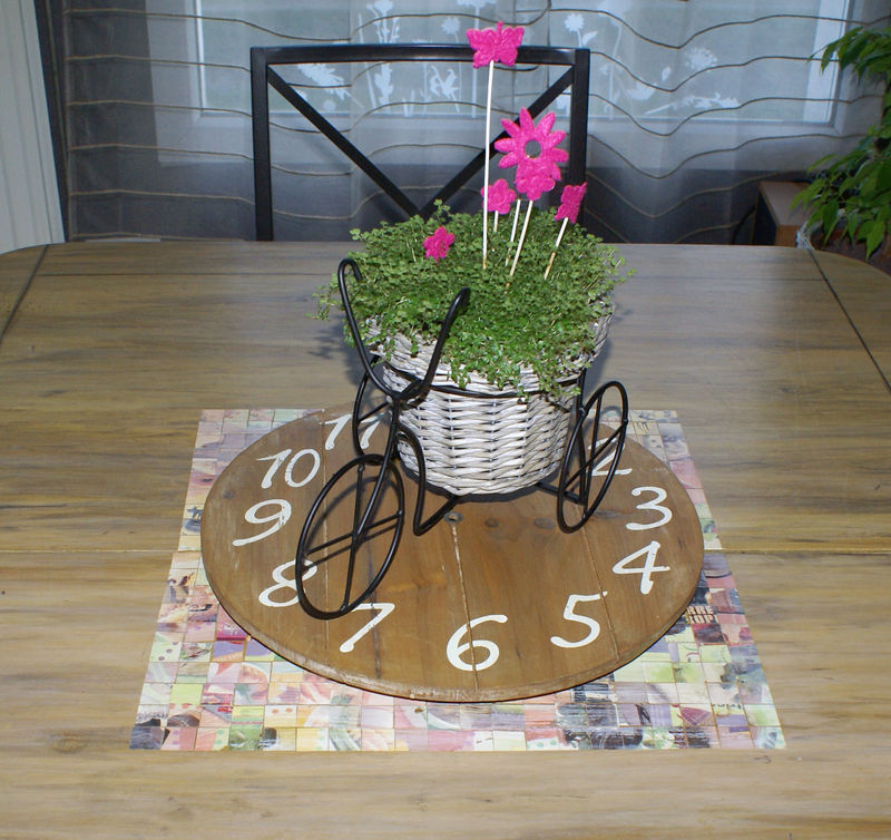 horloge de table photo de d tournement d 39 objets steph. Black Bedroom Furniture Sets. Home Design Ideas