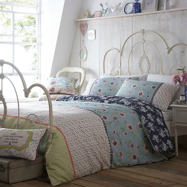 La decopelemele la literie m t o l 39 ombre videmment for Housse de couette laura ashley