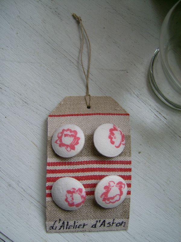 vente cartes etiquettes boutons 10 2011 044