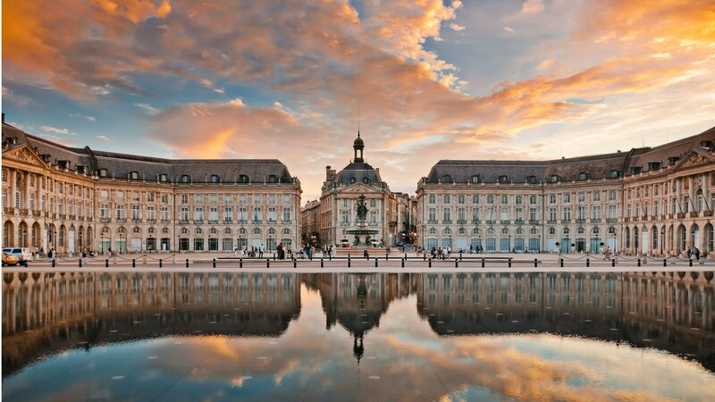 Source : http://www.holidayguru.fr/wp-content/uploads/2015/09/bordeaux-1.jpg