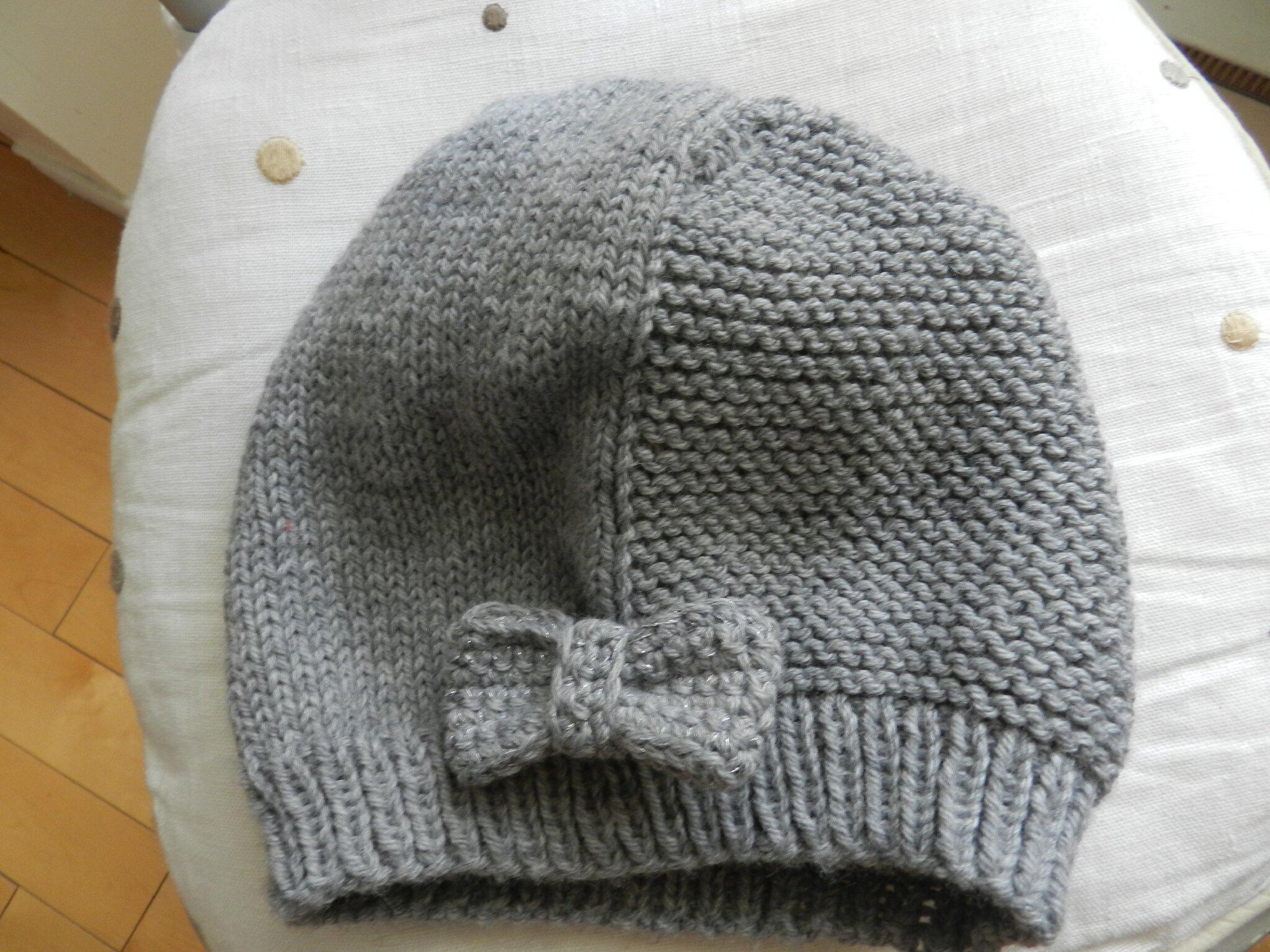 bonnet layette point mousse