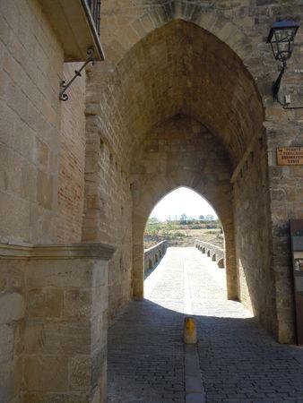 Puente_la_Reina_pont_roman1